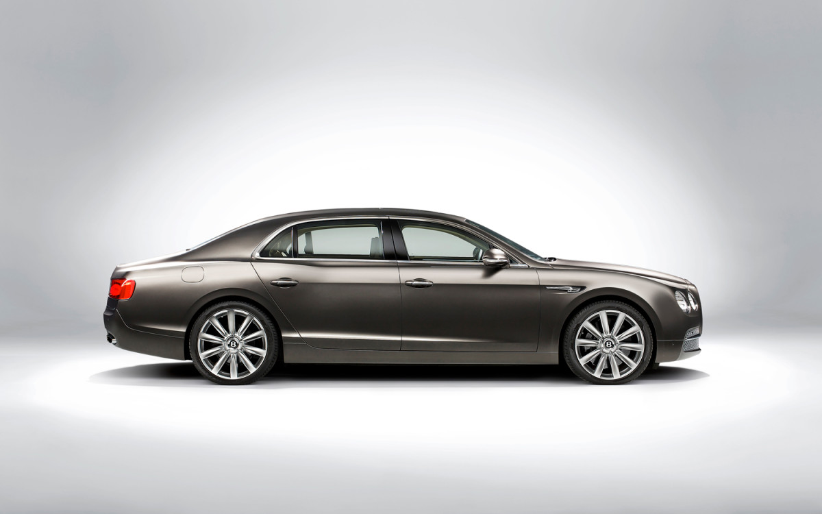 2014-Bentley-Flying-Spur-side-2