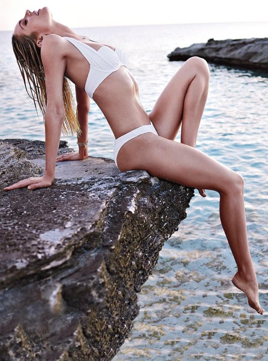 candice-swanepoel-bikini-shoot16