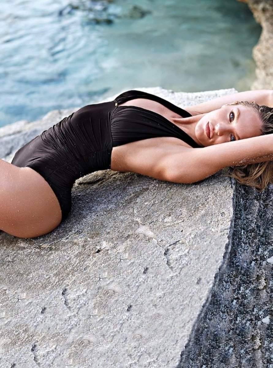 720x970xcandice-swanepoel-bikini-shoot7.jpg.pagespeed.ic.BYN_NTxw2j