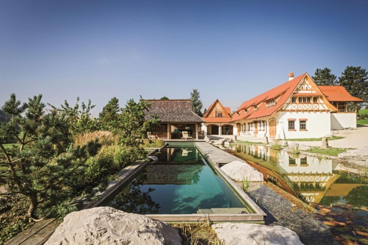 Natural-Pool-01-800x533