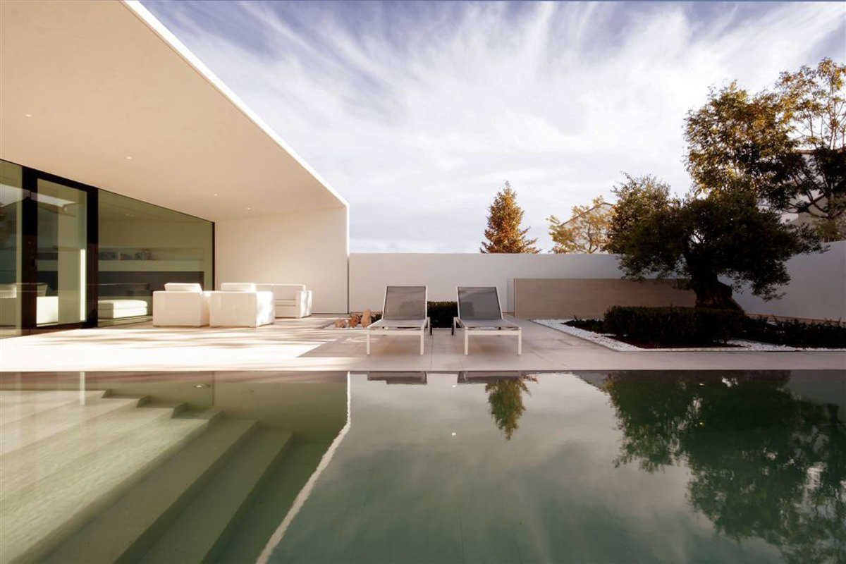Jesolo-Lido-Pool-Villa-02