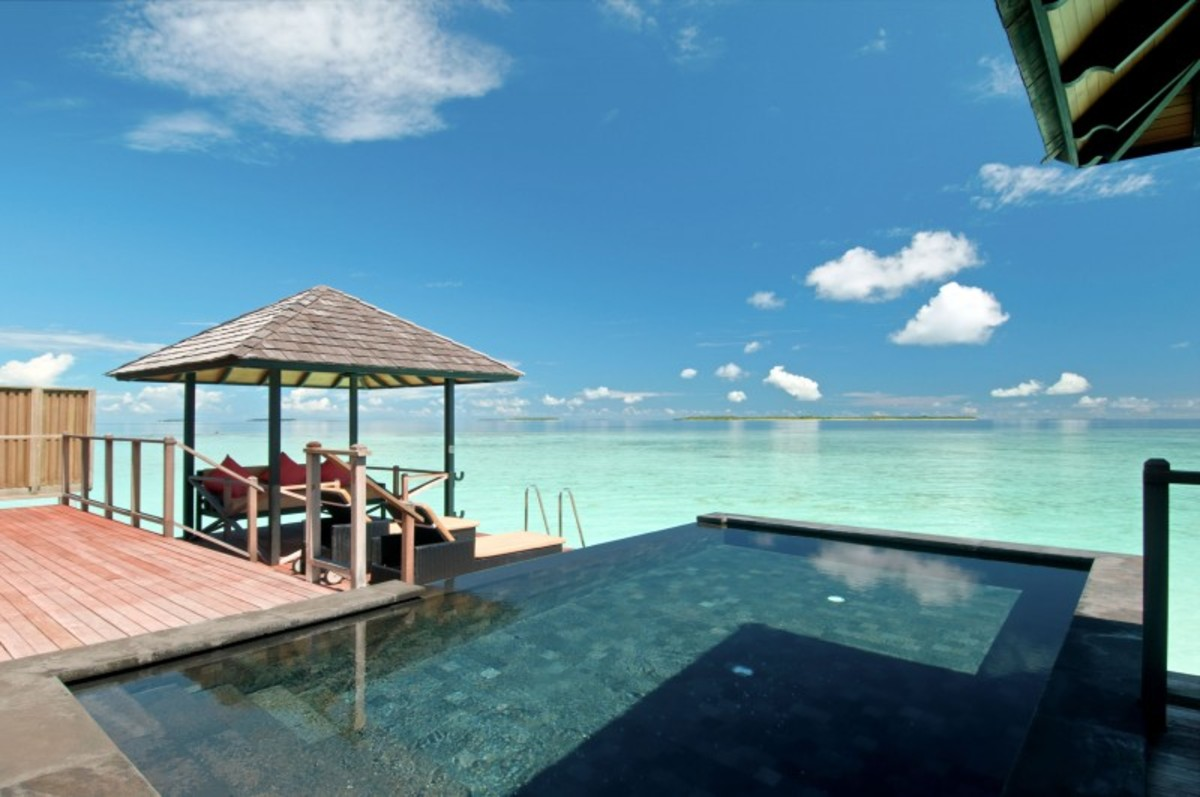 01-Hilton-Maldives-Iru-Fushi-Resort-and-Spa-800x531