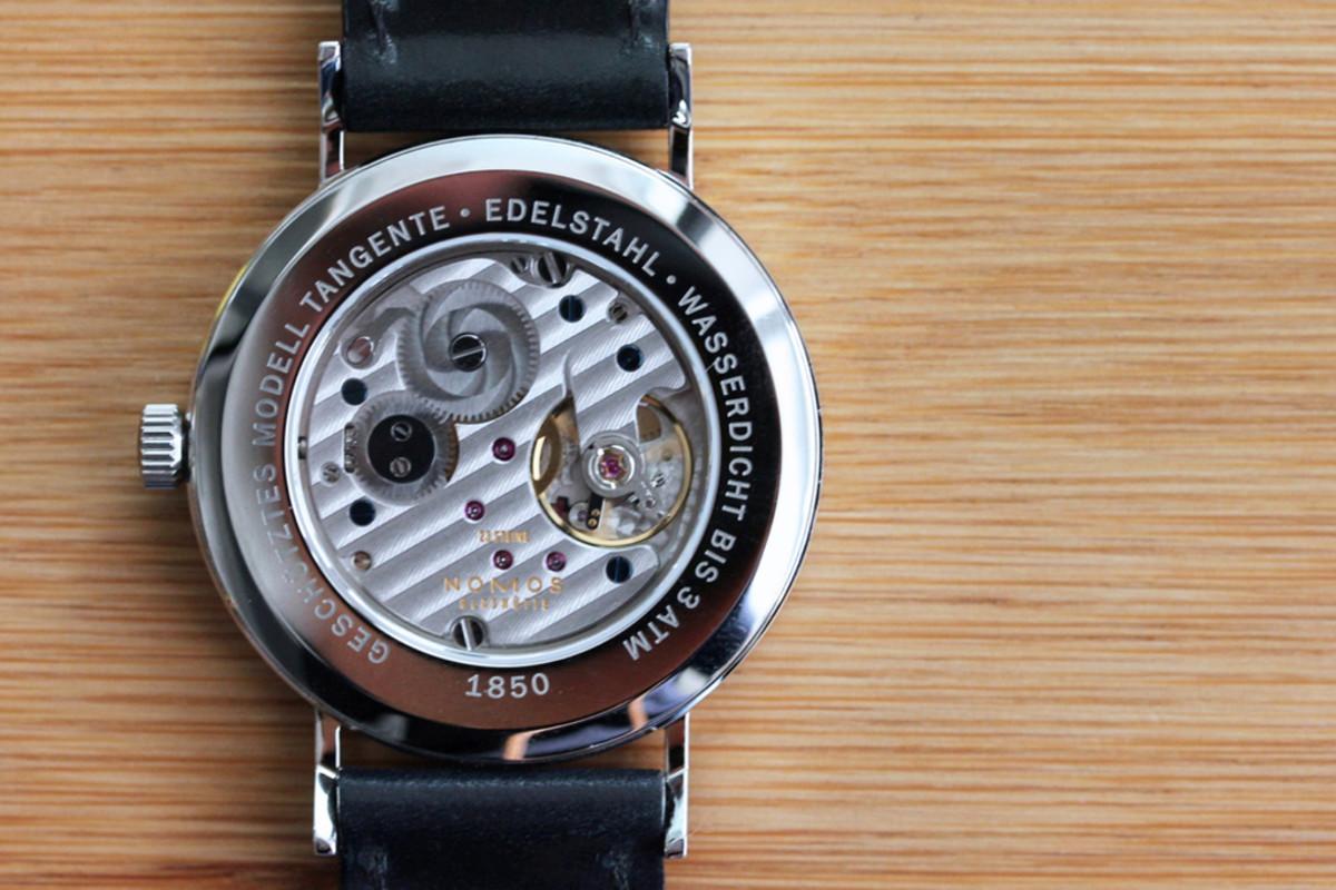 nomos-tangente-datum-watch-2