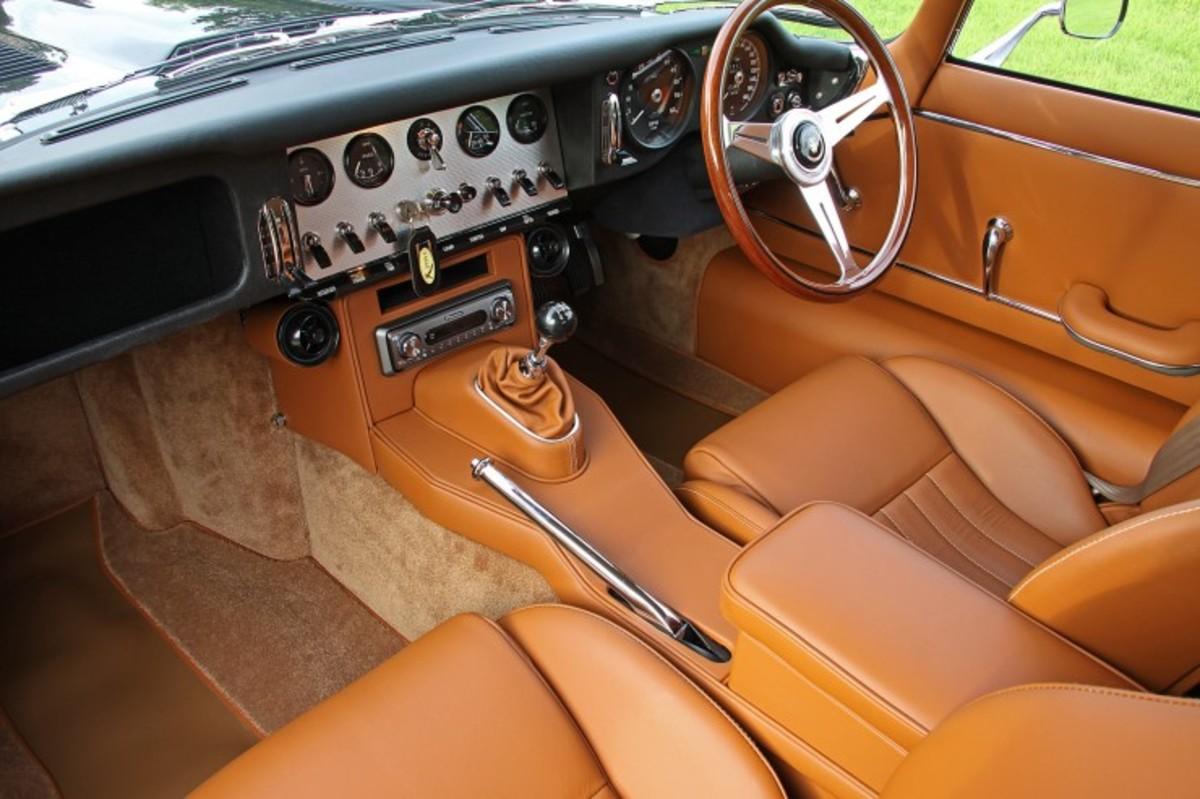 e-type-jaguar-coupe-3-740x493
