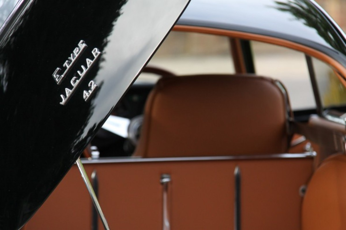 e-type-jaguar-coupe-5-740x493