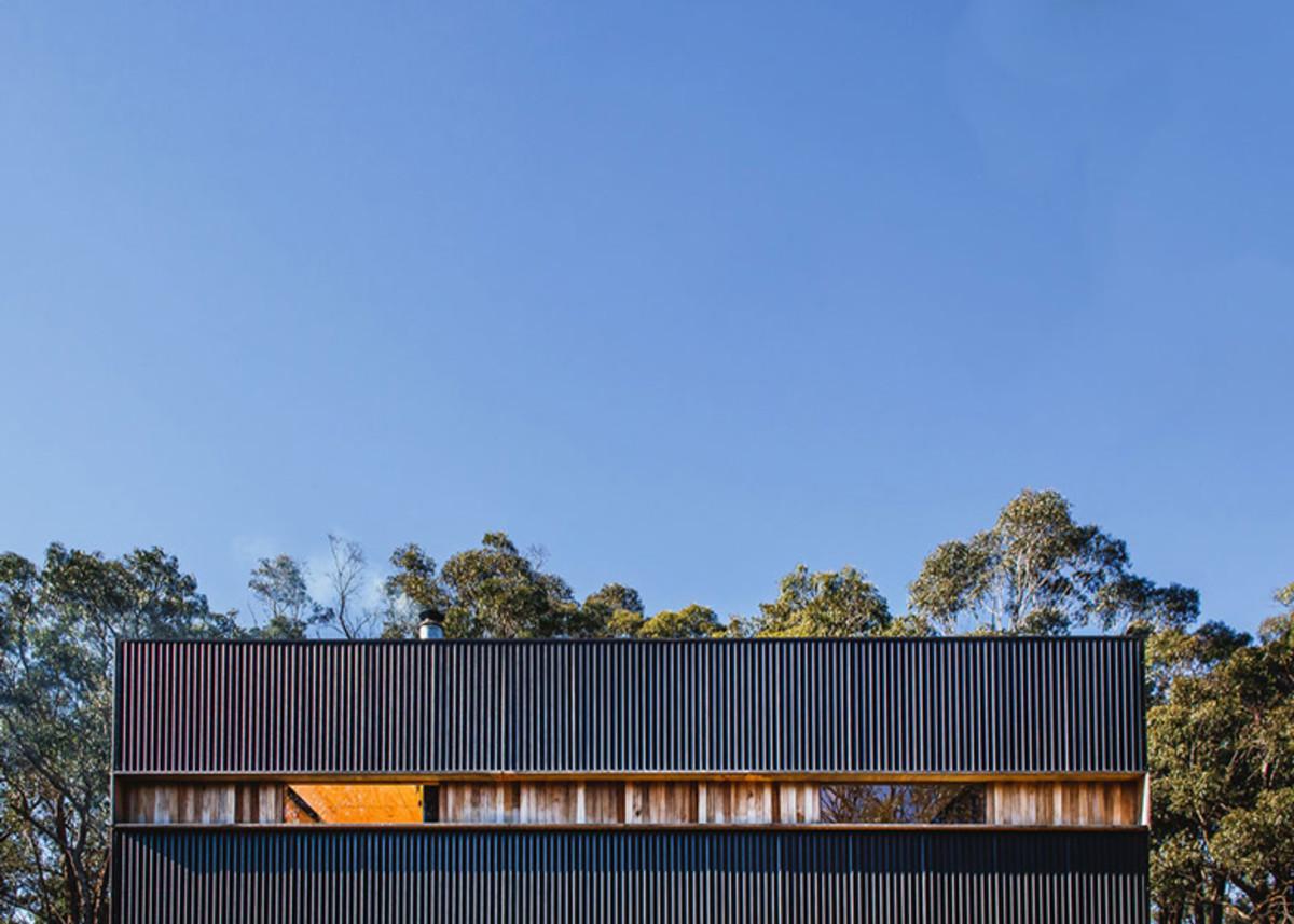 Pump-House-by-Branch-Studio-Architects_dezeen_ss_2