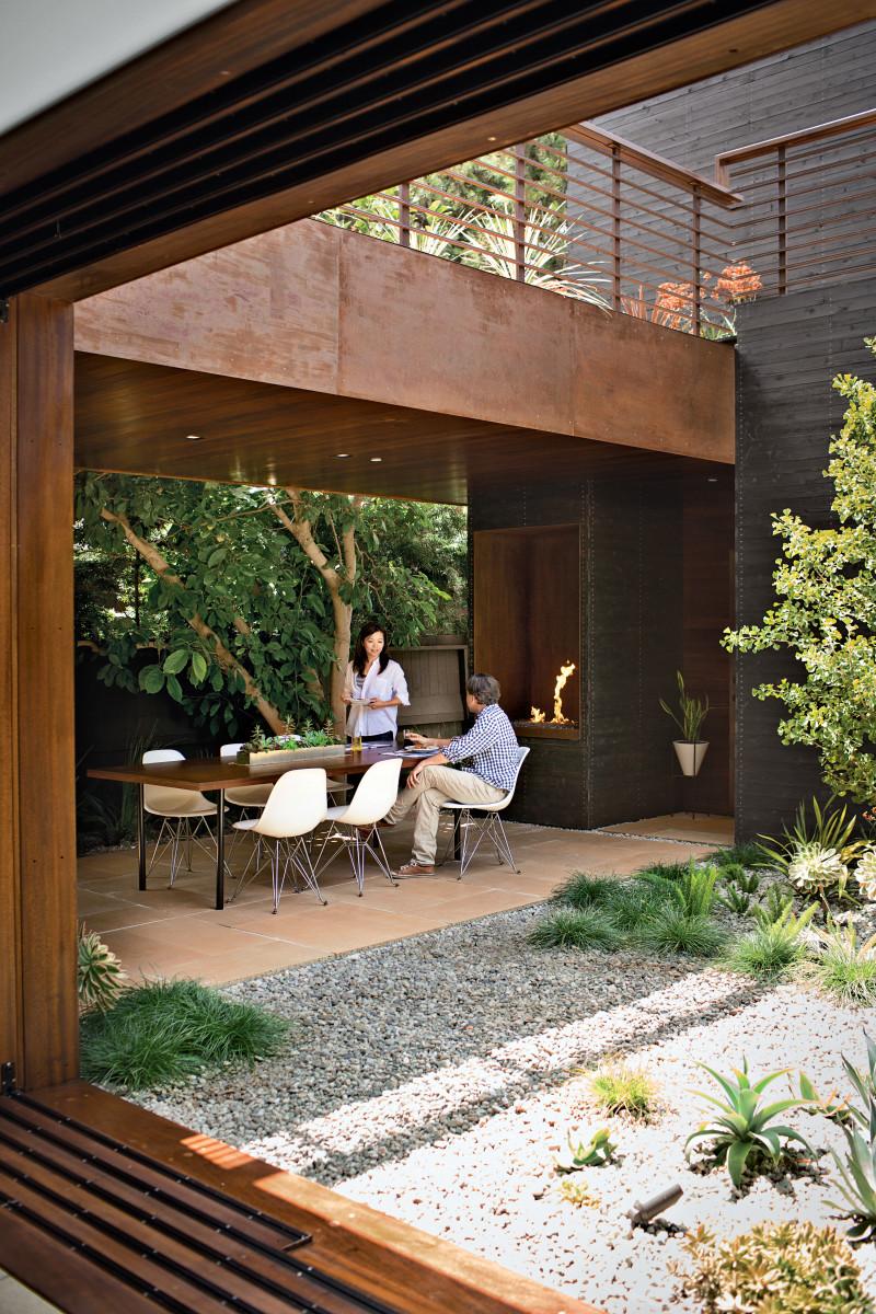 venice-home-patio