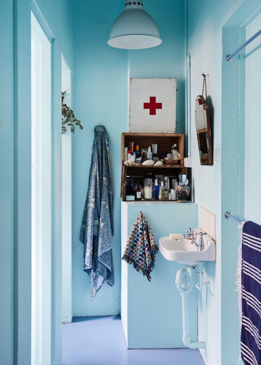 KateRatner-bathroom