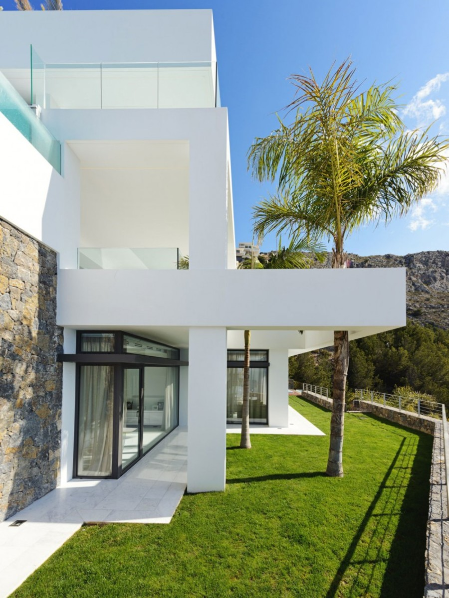 The-Cliff-House-Blueport-Altea-02-850x1133