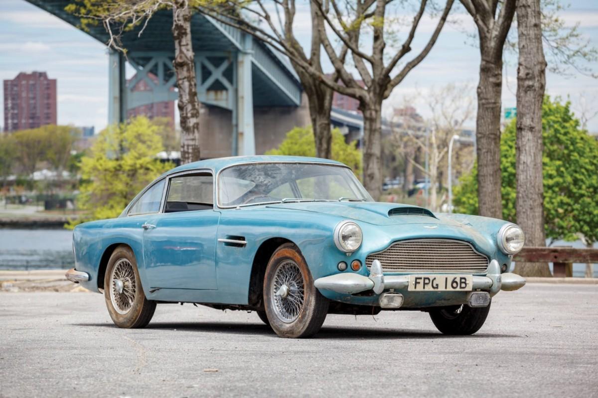 Aston_Martin_DB4_1-1480x986