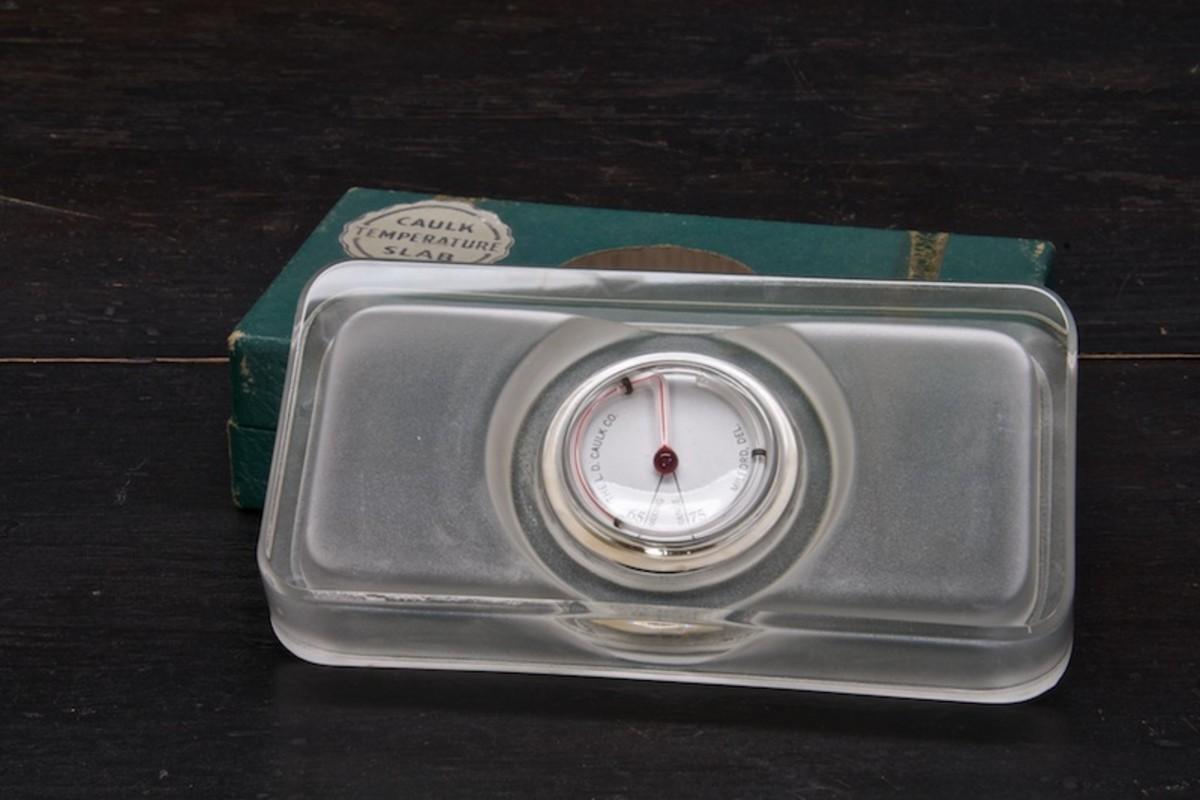 caulk-glass-temperature-dental-slab