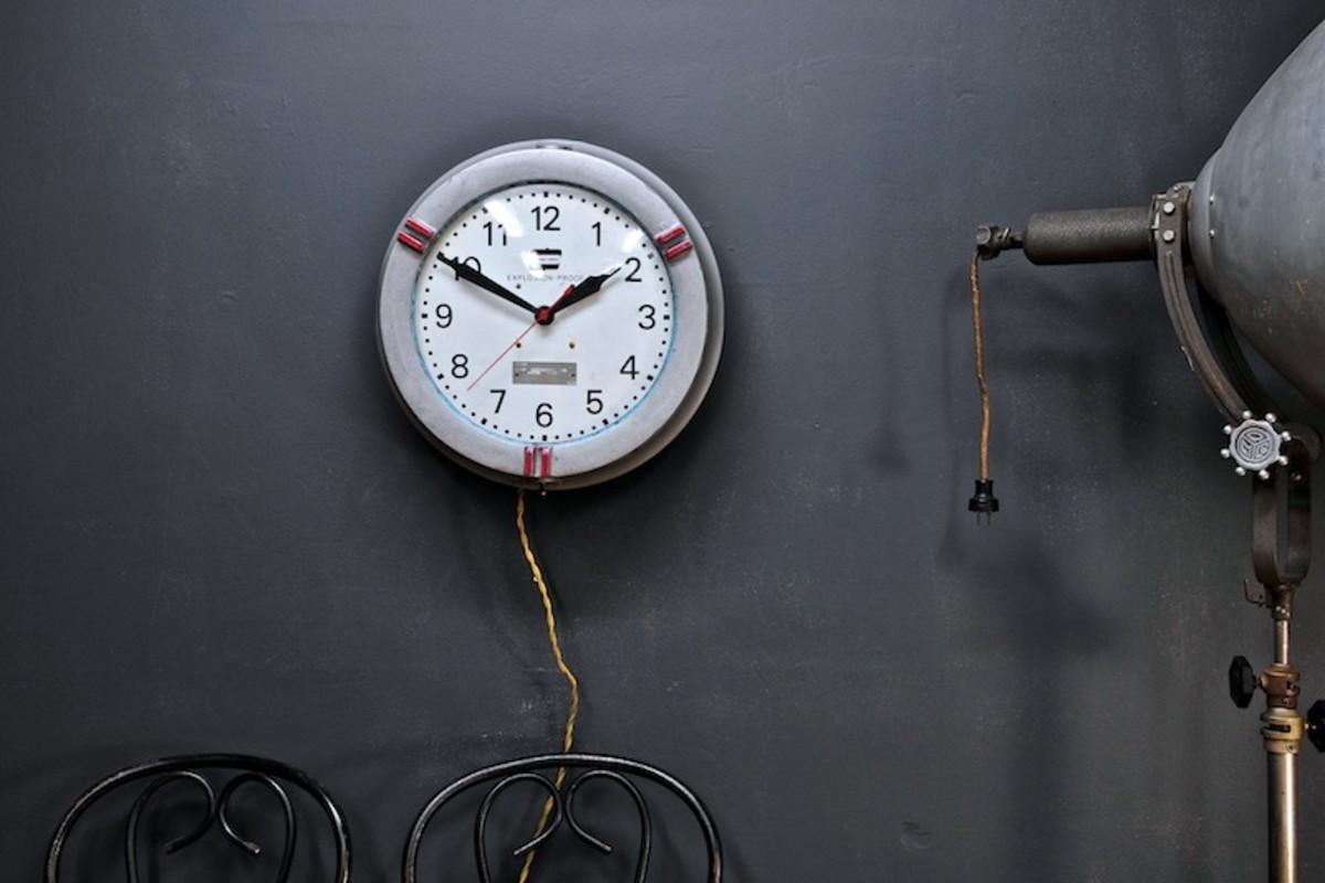 vintage-industrial-explosion-proof-clock