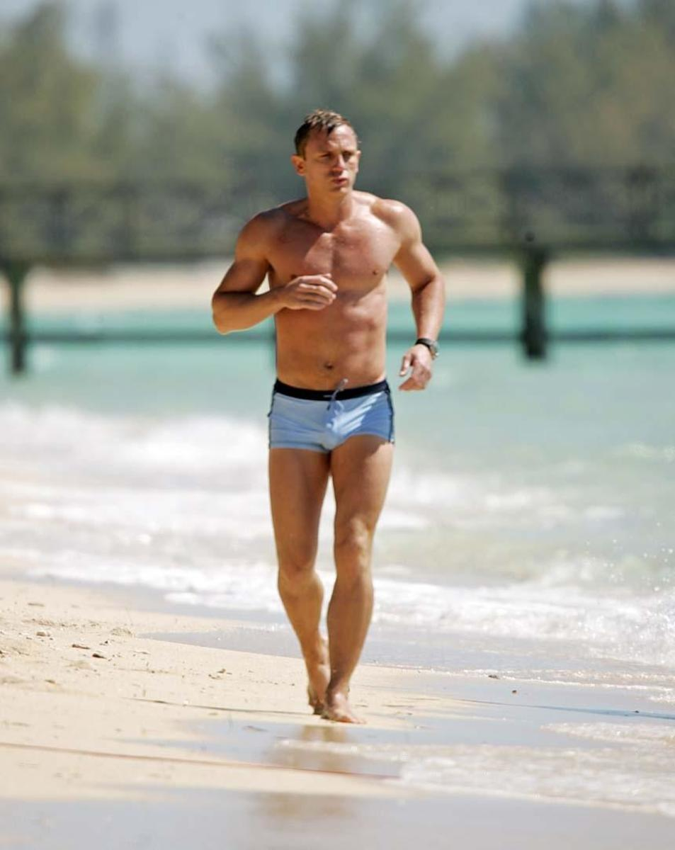 daniel-craig-james-bond-swimsuit-casino-royale-1596249295