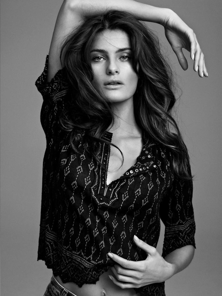 Isabeli Fontana 25 Magazine SS 2013 -003