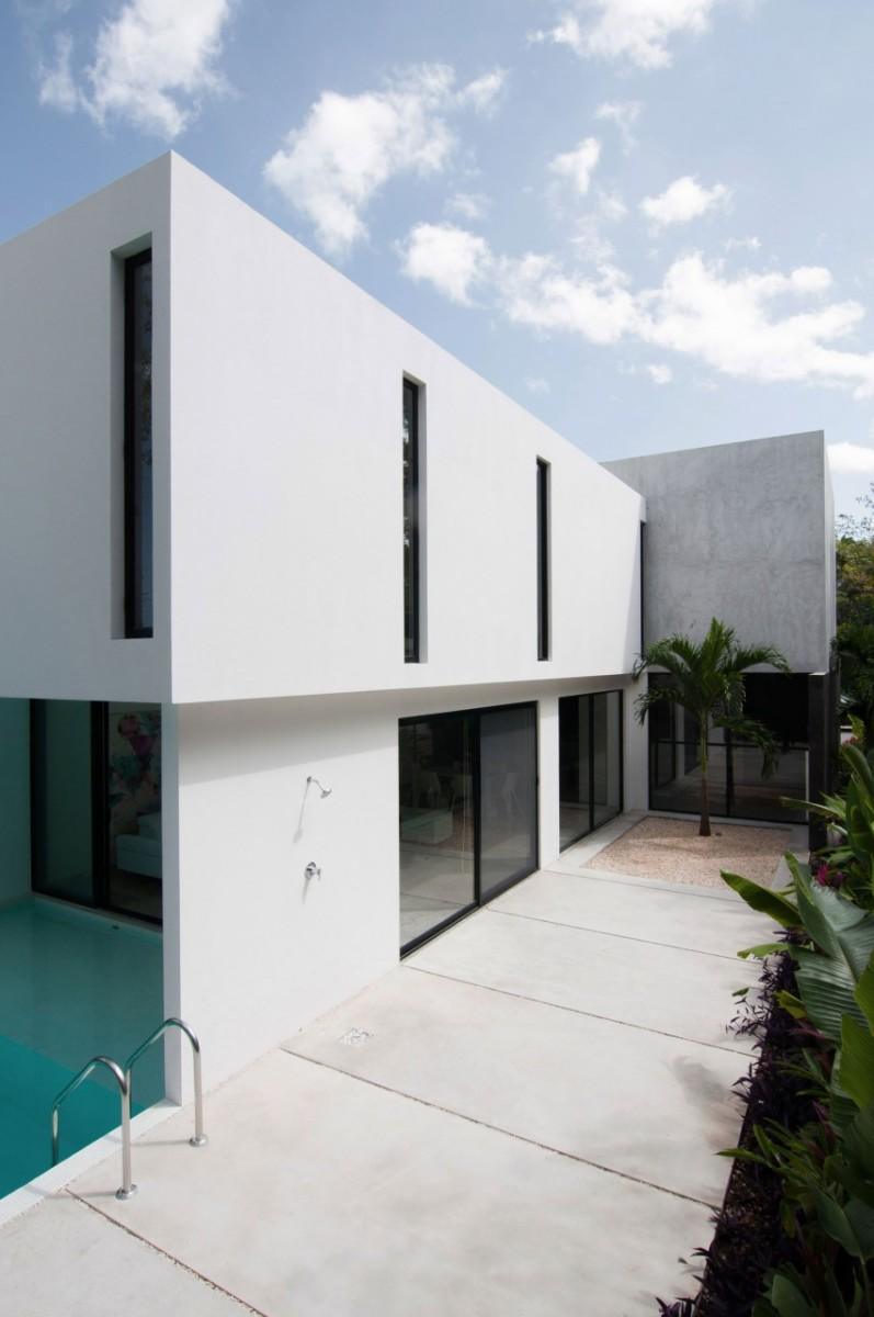 Garcias-House-05-850x1280