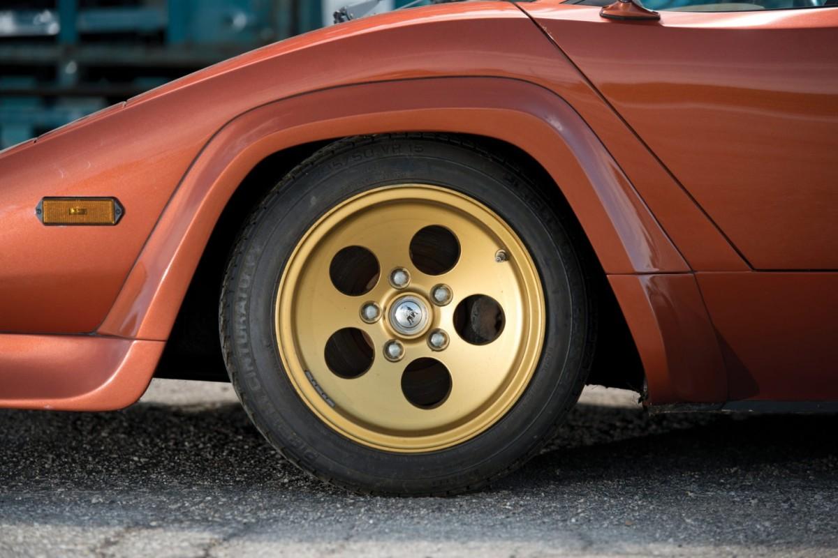 Lamborghini_Countach_LP400S_6-1480x987