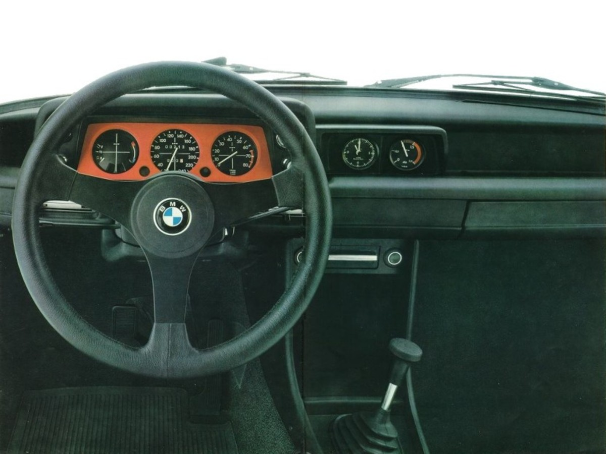 bmw-2002-turbo-10