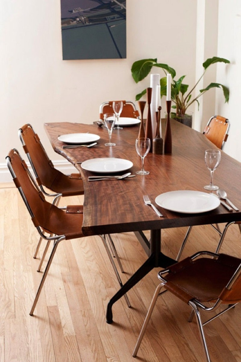 Charlotte-Perriand-chairs2