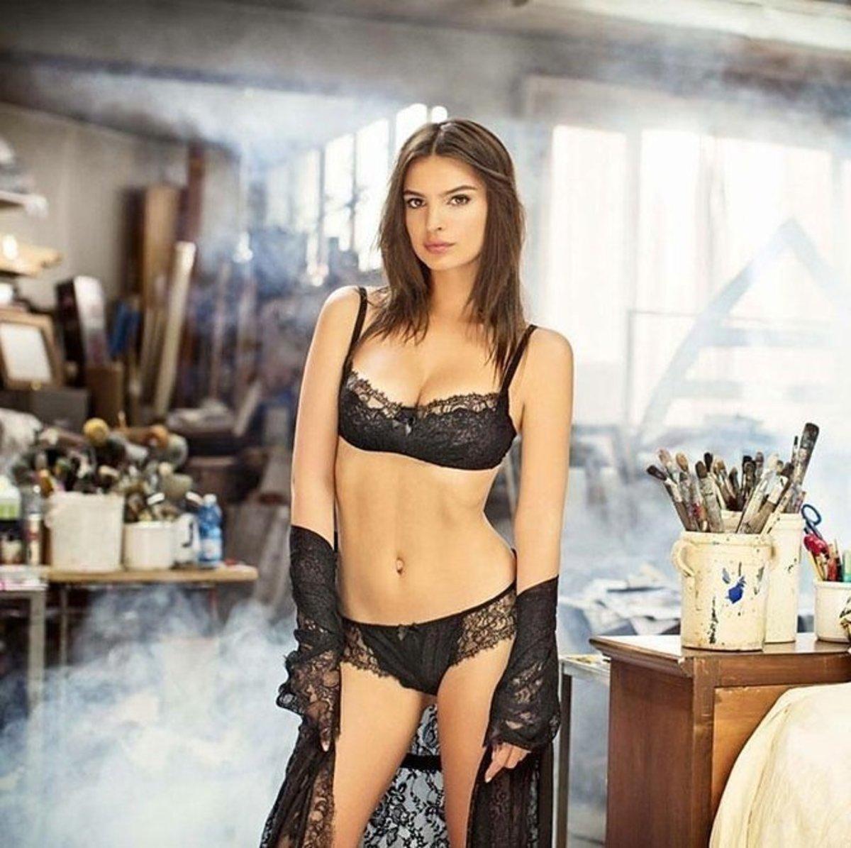 emily-ratajkowski-yamamay-underwear-2014-fall-ad-campaign16