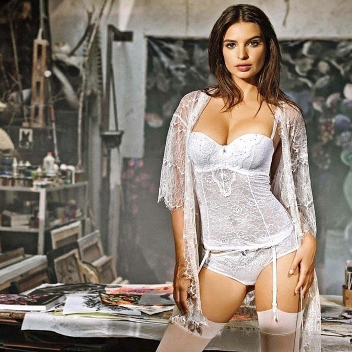emily-ratajkowski-yamamay-underwear-2014-fall-ad-campaign14-1