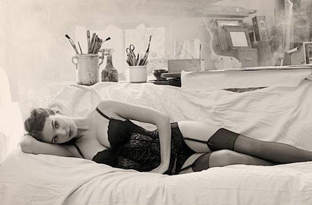emily-ratajkowski-yamamay-underwear-2014-fall-ad-campaign11