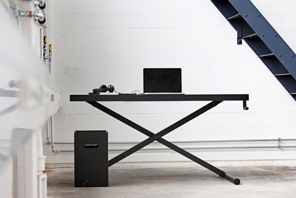 Putting together your home office and need a great desk as a focus point? Look no further than these awesome options. & The 12 Coolest Desks For Your Home Office - Airows