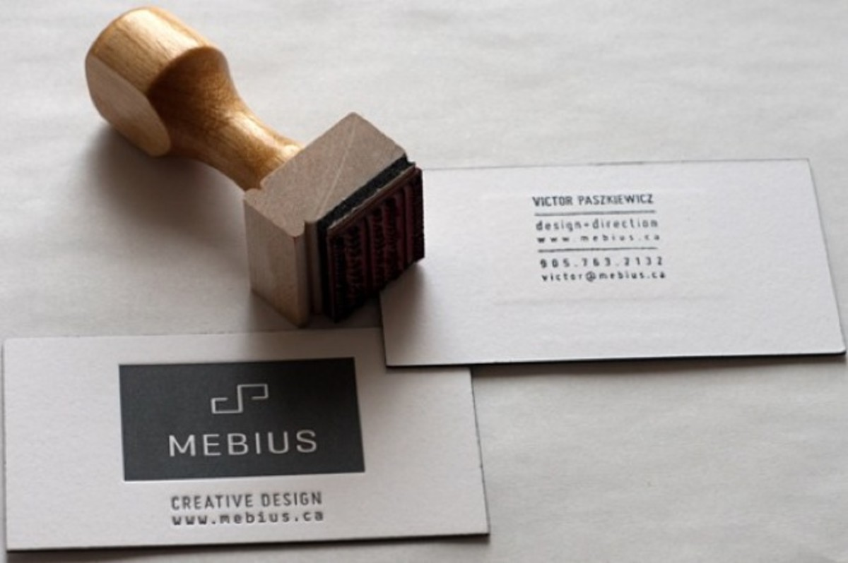 15-minimal-business-cards-580x386