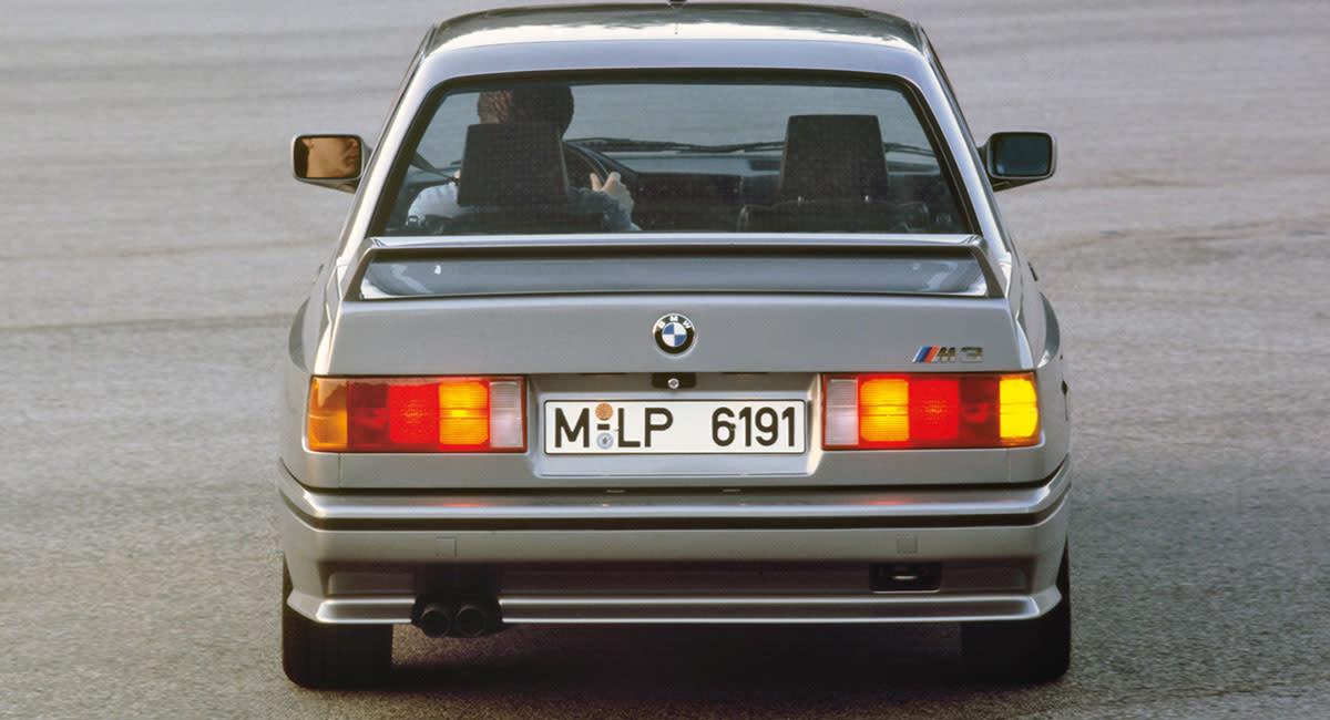 bmw-e30-m3-rear