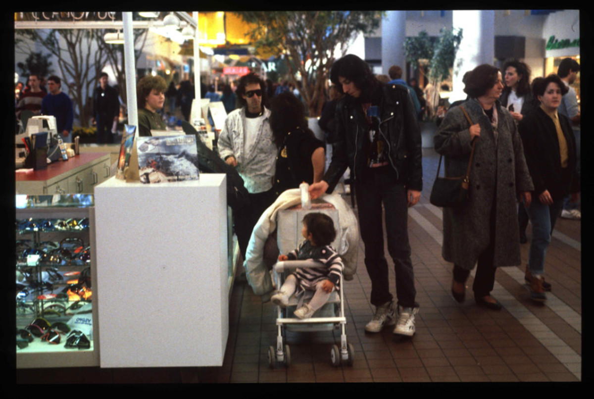 1989-American-Mall-12-930x6251