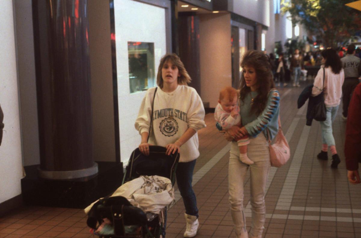 1989-American-Mall-17-930x6152