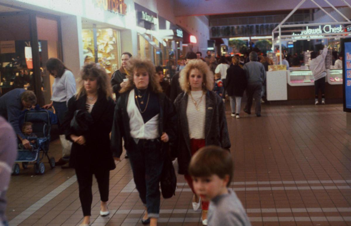 1989-American-Mall-10-930x5991