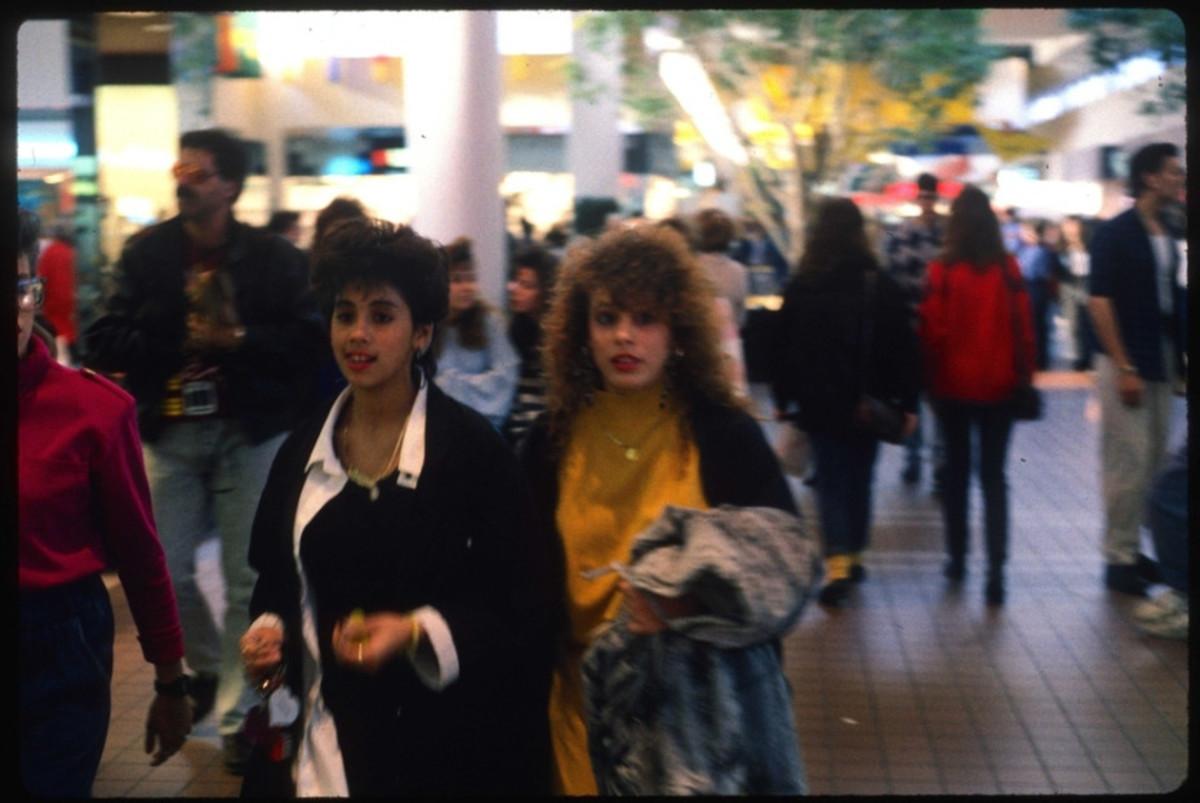 1989-American-Mall-42-930x6221