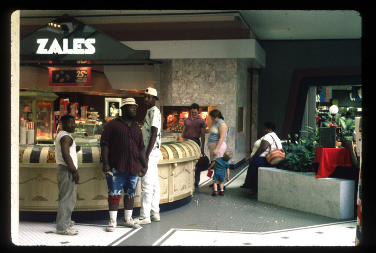 1989-American-Mall-06-930x6251