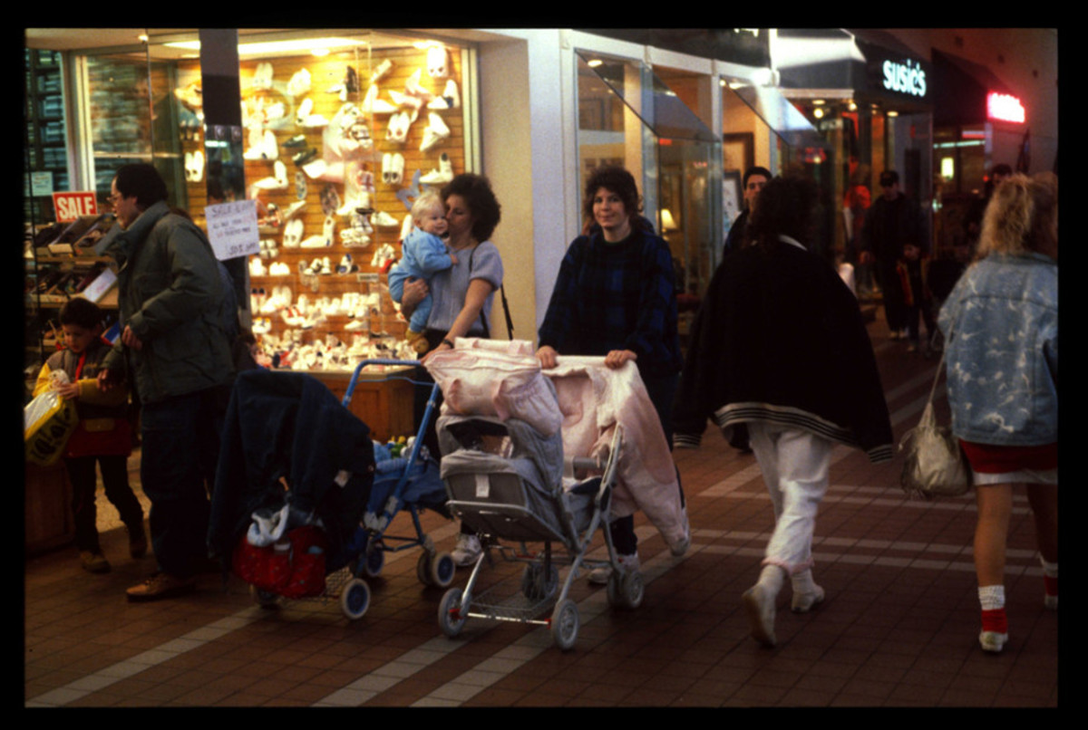 1989-American-Mall-23-930x6252
