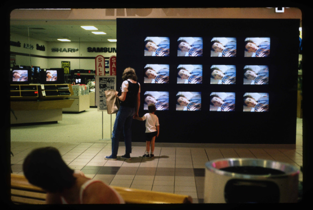 1989-American-Mall-05-930x6251