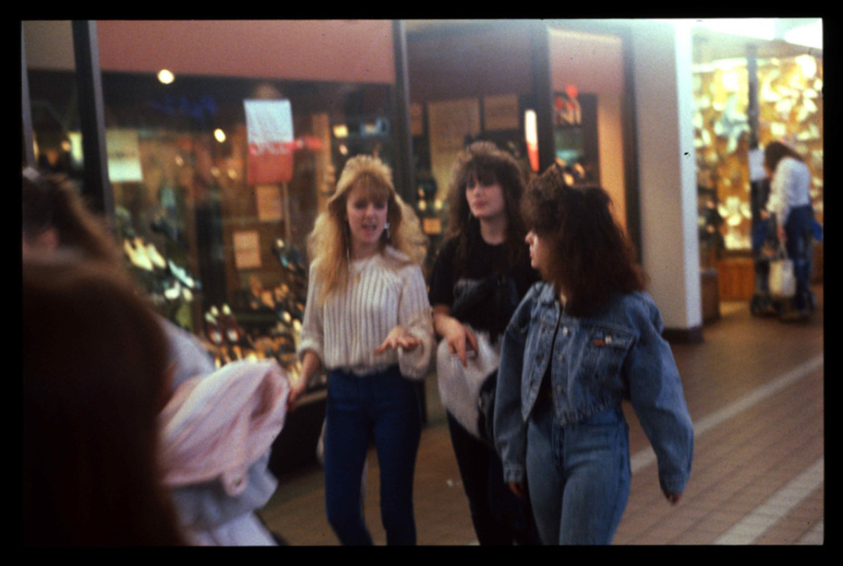 1989-American-Mall-16-930x6252