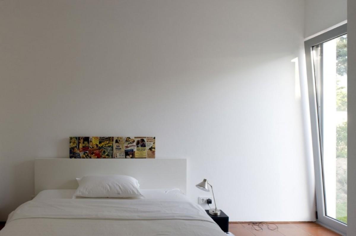 casa-no-banzao-ii-by-frederico-valsassina-arquitectos-17-800x531
