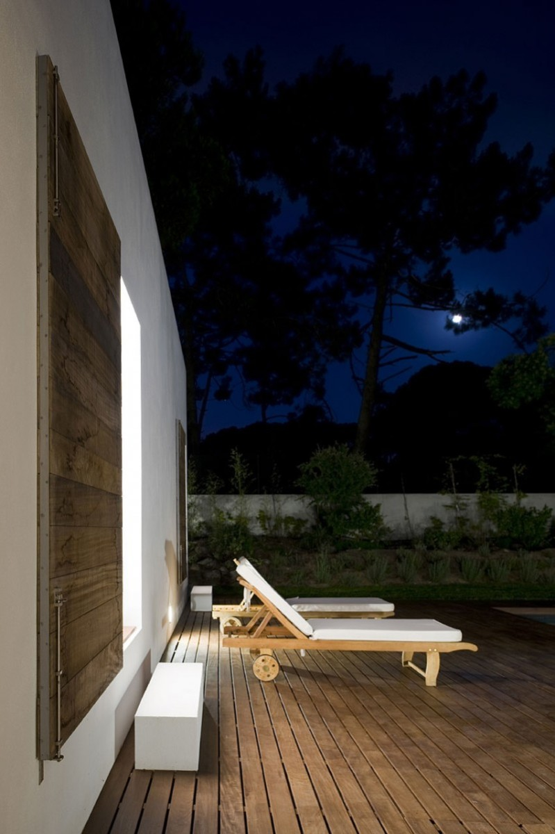 casa-no-banzao-ii-by-frederico-valsassina-arquitectos-23-800x1201