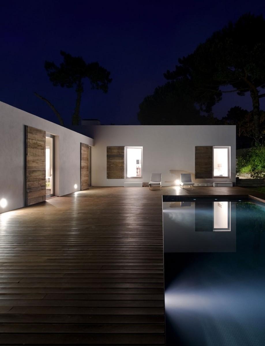 casa-no-banzao-ii-by-frederico-valsassina-arquitectos-24-800x1045