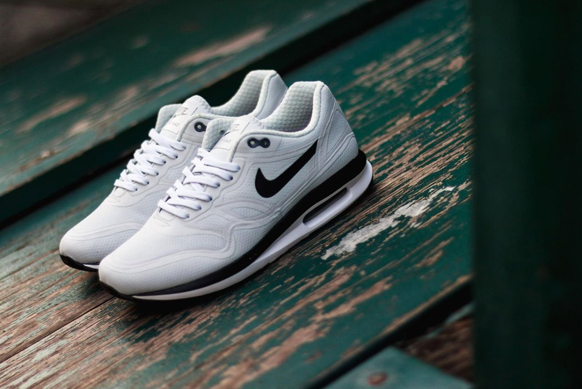 nike-air-max-lunar1-wr-pure-platinum-001