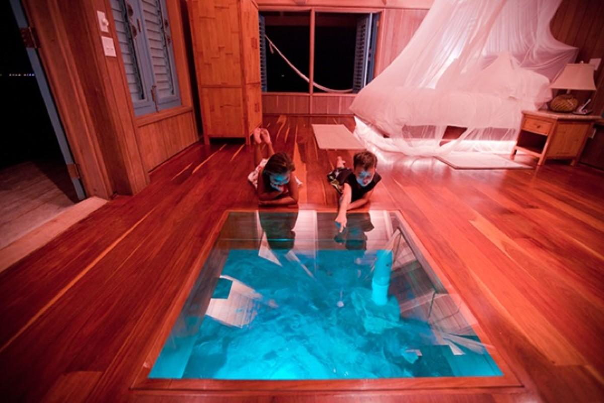 Casa-Ventanas-Over-Water-Bungalow-in-Belize-4