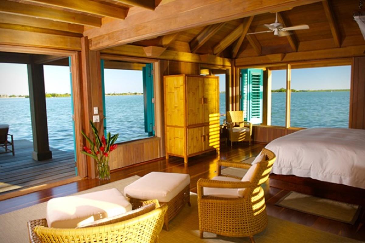 Casa-Ventanas-Over-Water-Bungalow-in-Belize-2