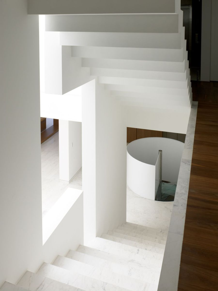 Miguel-Angel-Aragonés's-Style-for-a-Mexico-City-Modern-Home-13