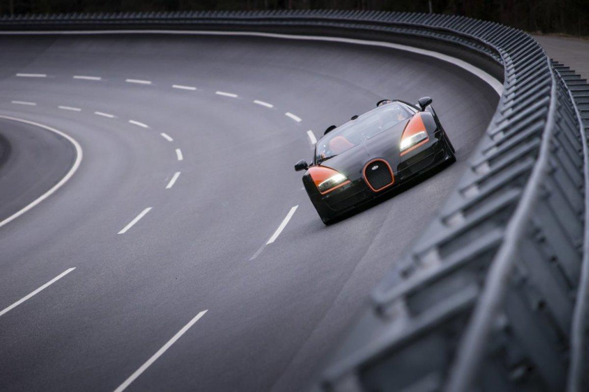 2013_04_12_bugatti_veyron_04