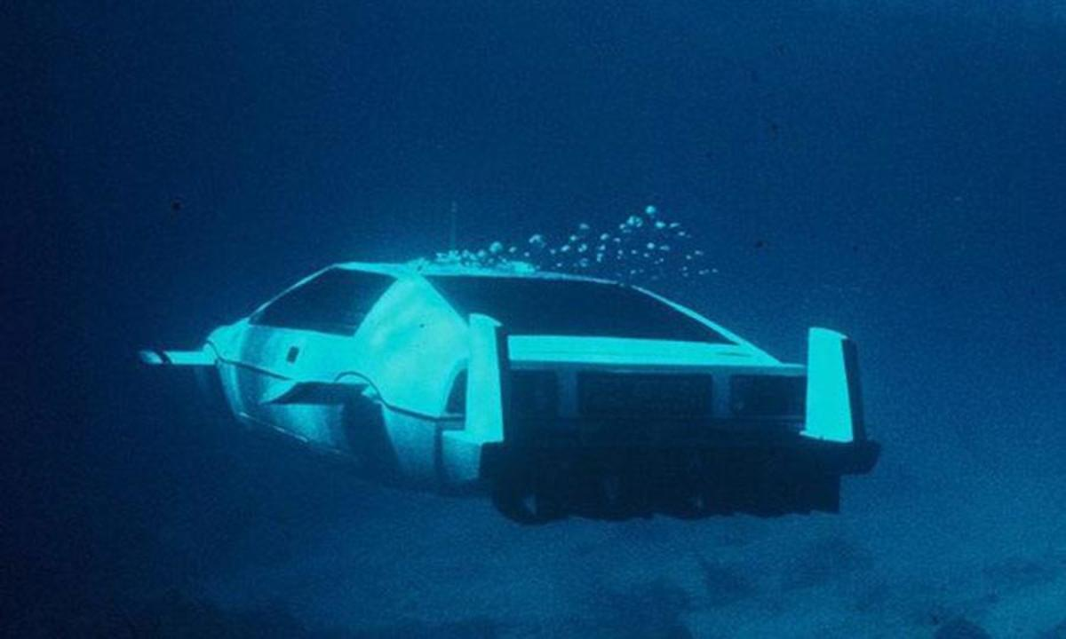 Lotus-Esprit-Submarine-Car-photos