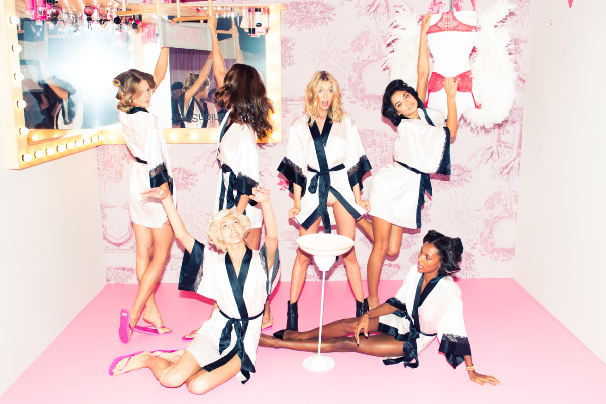 Victoria_Secret_Fashion_Show_2014-41