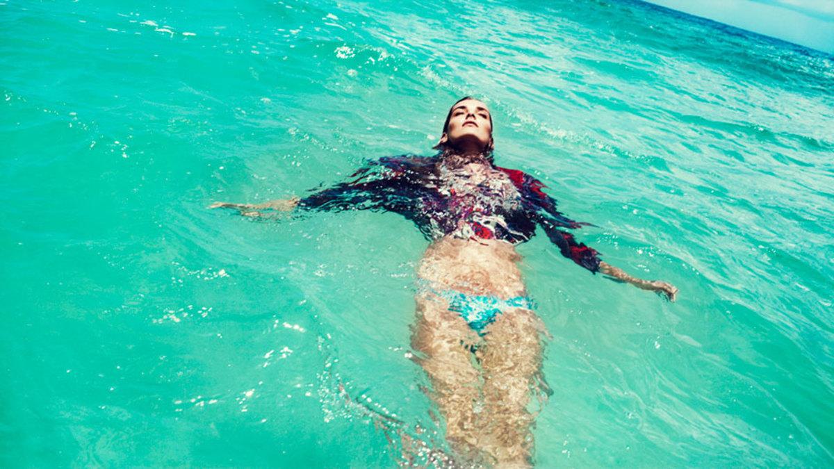 Zimmermann-Swimwear-Spring-Summer-2013-Campaign-3