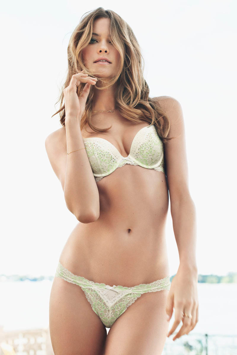 dream-angels-2013-behaati-prinsloo-push-up-bra-victorias-secret-hi-res