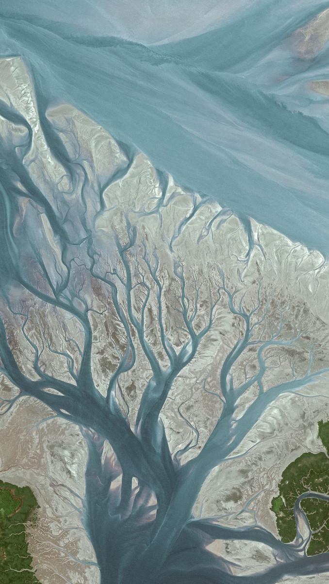 r1315_39_satellite_image_spot5_2.5m_geba_river_guinea-bissau_2002