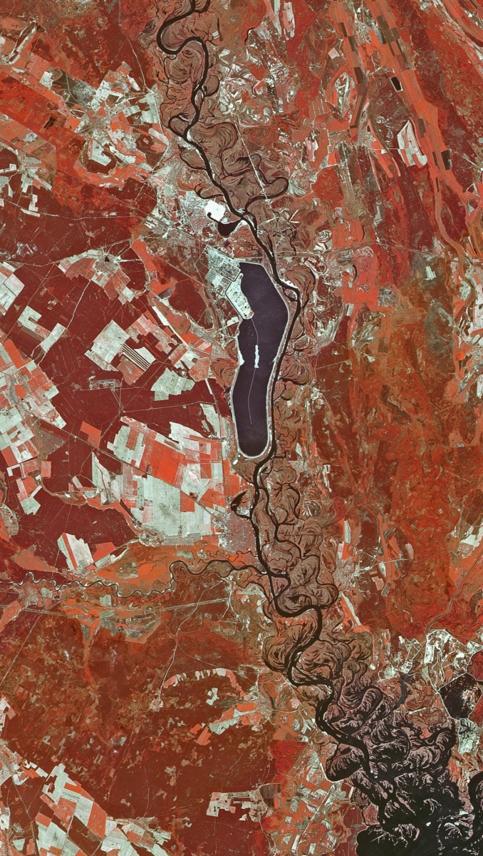 r1650_39_satellite_image_spot1_20m_tchernobyl_ukraine_1986